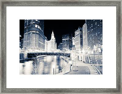 Chicago River At Wabash Avenue Bridge Framed Print by Paul Velgos
