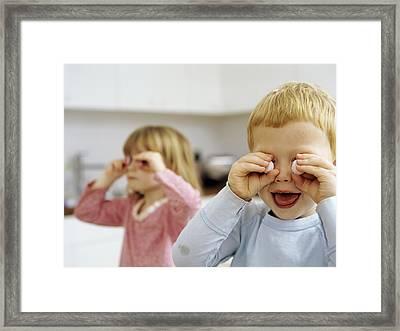 Children Playing Framed Print by Ian Boddy