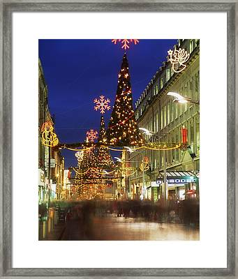 Christmas In Dublin, Henry Street At Framed Print by The Irish Image Collection