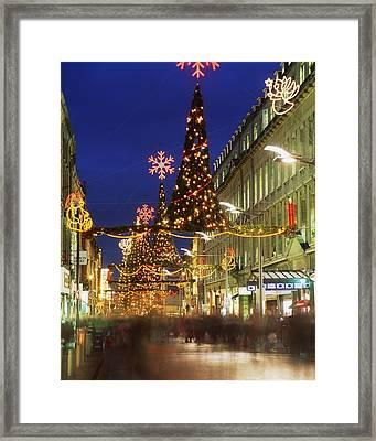 Christmas In Dublin, Henry Street At Framed Print