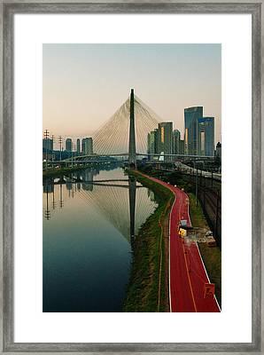 Ciclovia Em Obras Framed Print