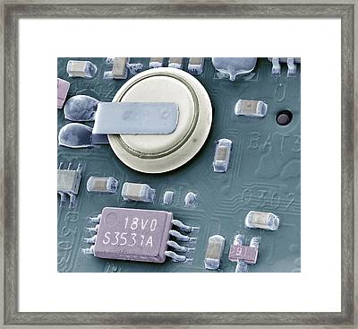 Circuit Board Battery, Sem Framed Print by Steve Gschmeissner