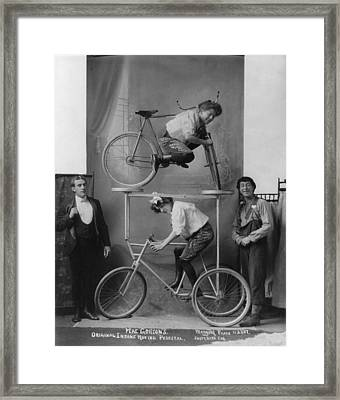Circus And Vaudeville Acts, A Woman Framed Print by Everett