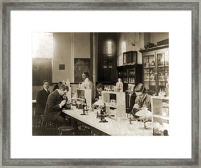 Class In Bacteriology At Howard Framed Print by Everett