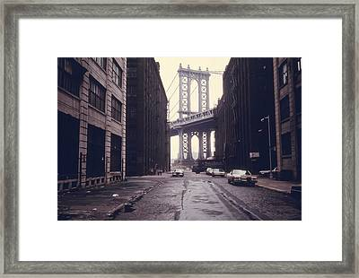 Classic View Of The Manhattan Bridge Framed Print by Everett