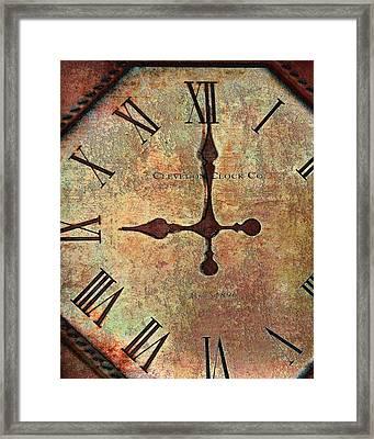 Clevedon Clock Framed Print by Robert Smith