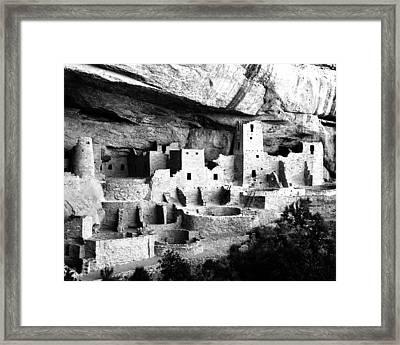 Cliff Palace Framed Print by John Wunderli