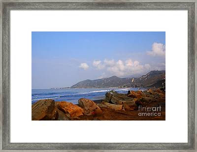 Coast Line California Framed Print by Susanne Van Hulst
