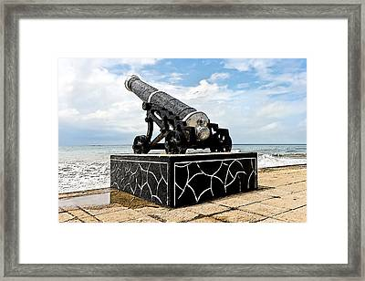 Colombo Cannons On Seashore Framed Print