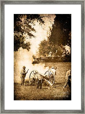 Confederate Soldiers At The Canon Framed Print