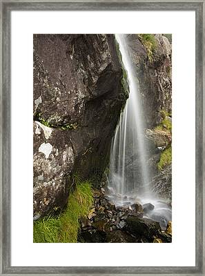 Connor Pass, Dingle Peninsula, County Framed Print by Richard Cummins