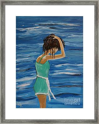 Cool Ocean Breeze Framed Print by Leslie Allen