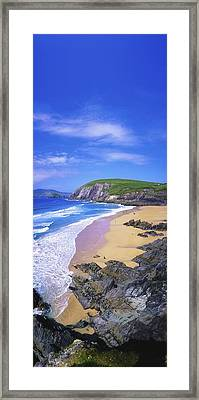 Coumeenoole Beach, Dingle Peninsula, Co Framed Print by The Irish Image Collection