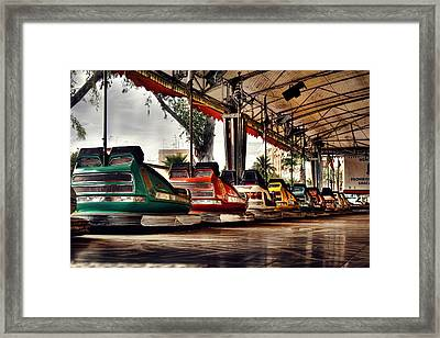 Crash Cars Framed Print by Gabriel Calahorra