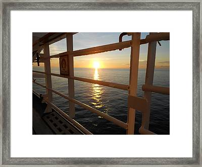 Framed Print featuring the photograph Cruising by Sheila Silverstein