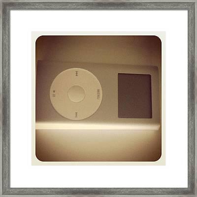 Cuantos Recuerdos! Mi Primer Ipod!! :') Framed Print by Pablo Grippo