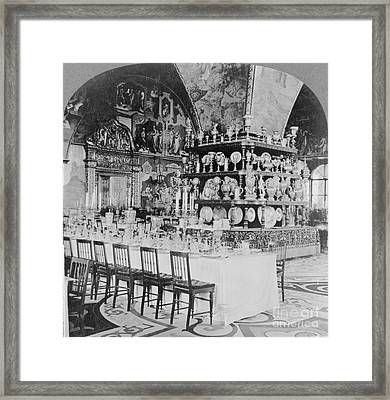 Czars Dining Hall In The Kremlin, 1919 Framed Print by Photo Researchers