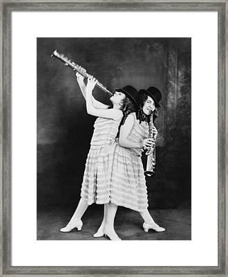 Daisy And Violet Hilton 1908-1969 Framed Print
