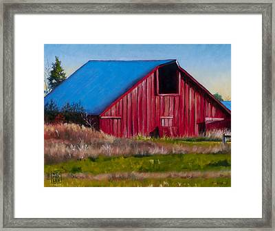 Darst Barn On West Beach Road Framed Print by Stacey Neumiller