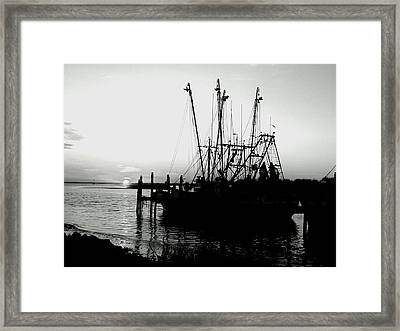 Framed Print featuring the photograph Day's End by Lyn Calahorrano