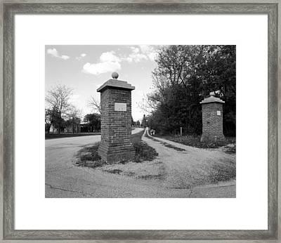 Dead End Framed Print by Jan W Faul