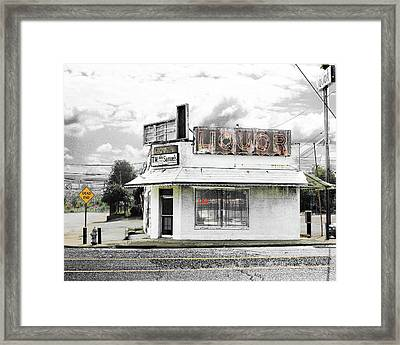 Framed Print featuring the photograph Dead End by Lizi Beard-Ward