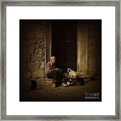 Dementia Framed Print by Andrew Paranavitana