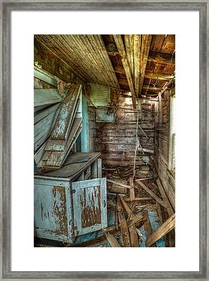 Derelict House Framed Print by Thomas Zimmerman