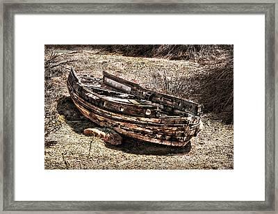 Desert Boat Framed Print by Danuta Bennett