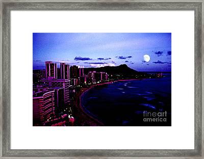 Diamond Head Moonrise Framed Print