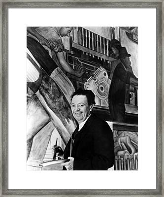Diego Rivera Paints Detroit Industry Framed Print by Everett