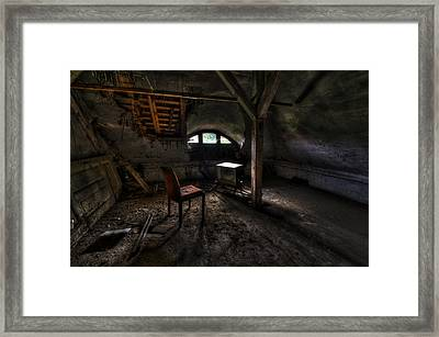Dirty Tv Framed Print by Nathan Wright