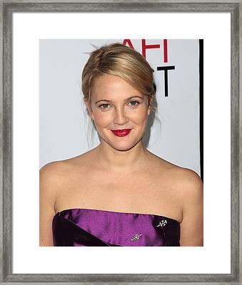 Drew Barrymore Wearing A Neil Lane Pin Framed Print