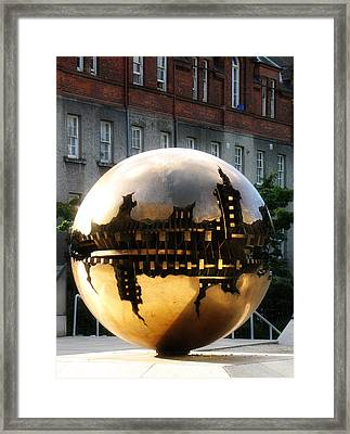 Framed Print featuring the photograph Dublin Trinity College Sculpture by David Harding