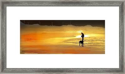 El Fotografo Framed Print by Alfonso Garcia