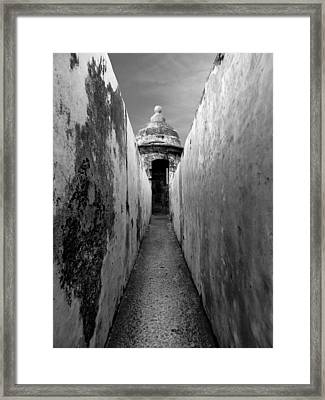 El Morro In Black And White Framed Print