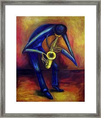 El Saxofonista Framed Print