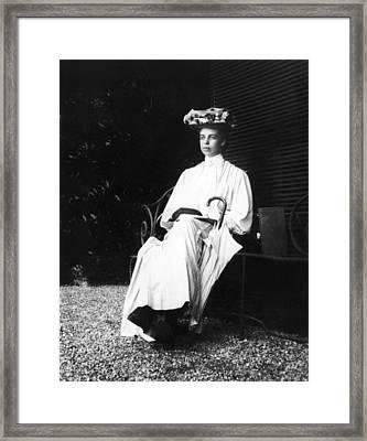 Eleanor Roosevelt In Gibson Girl Framed Print by Everett