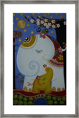 Elephant Framed Print by Suwannee Wannasopha