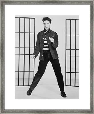 Elvis Presley 1935-1977, Publicity Framed Print by Everett