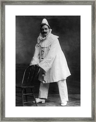 Enrico Caruso 1873-1921, As The Clown Framed Print by Everett