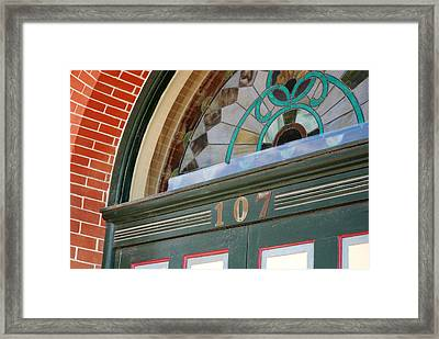 Entrance To The Ant Street Inn - Brenham Texas Framed Print by Connie Fox