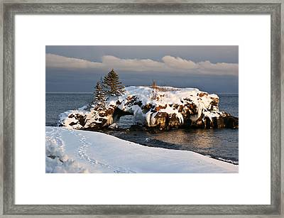 Evening At Hollow Rock Framed Print by Tingy Wende