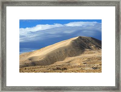Evening At The Kelso Dunes Framed Print