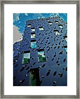 Fachada Con Los Ojos ... Framed Print