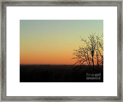 Fading Day Framed Print by Gayle Swigart