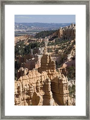 Fairyland Canyon II Framed Print by Gloria & Richard Maschmeyer