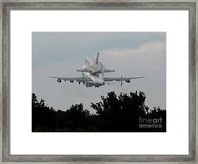 Framed Print featuring the photograph Farewell by Alex Esguerra