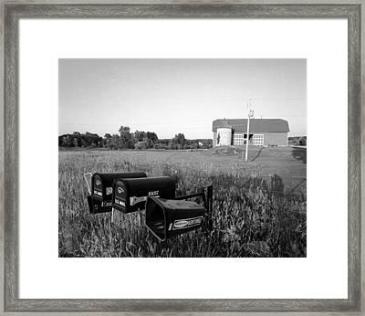 Farm On Hiway C Framed Print by Jan W Faul