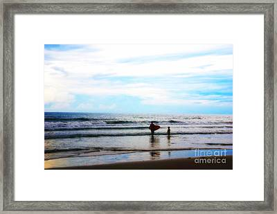 Father And Son Moments Framed Print by Susanne Van Hulst